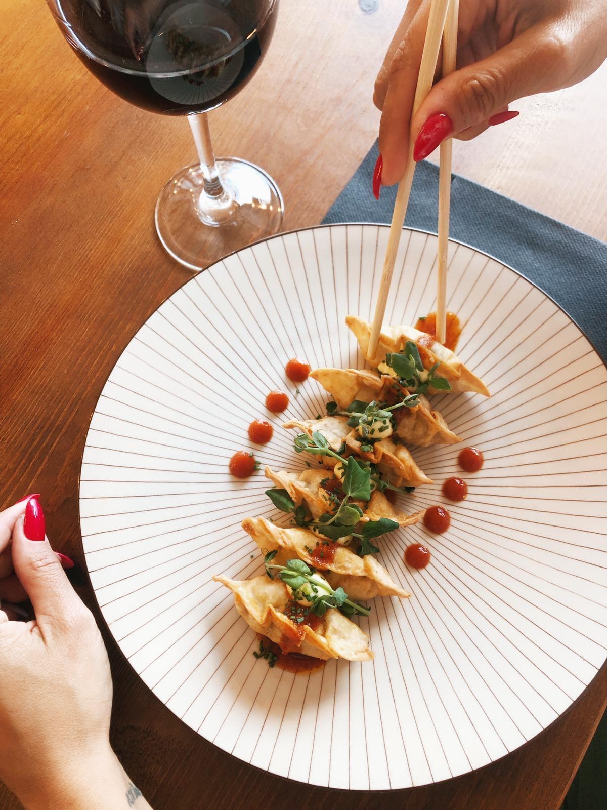 Comida asiática Restaurante Gabba Vinos tapas Sanxenxo